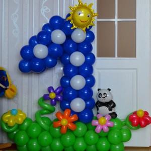 Цифры с декором, от 28,00 рублей, в зависимости от сложности композиции.